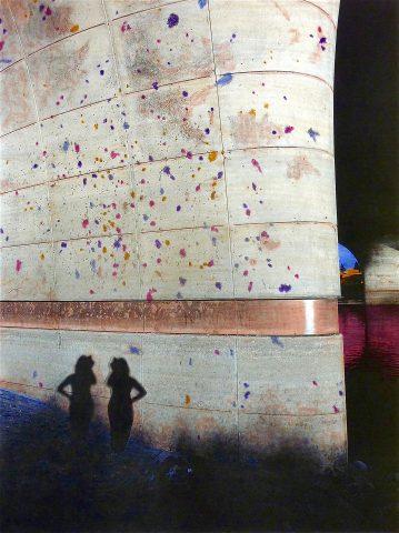 Photogenetics 2 | Twins, 2018, collage op papier met waterverf techniek, 28,5 x 38,5 cm.